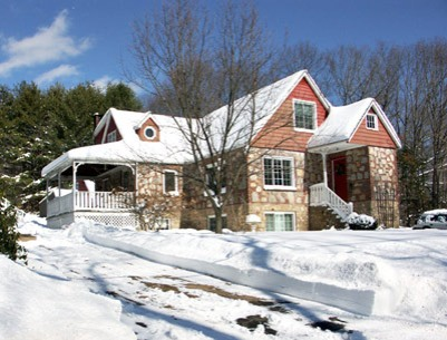 House-snow
